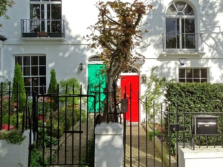Pretty cottages and backstreets in Hampstead Village