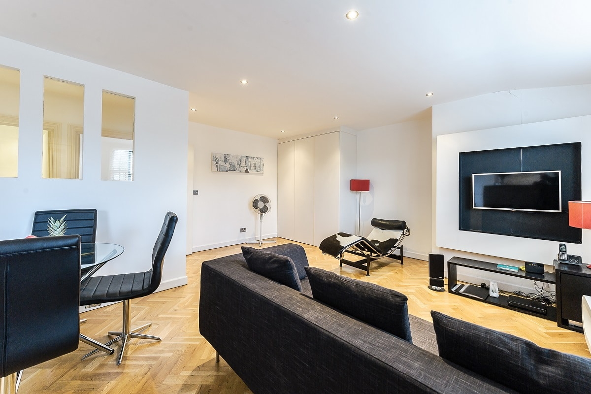Lingua Holidays | luxury apartment in central London