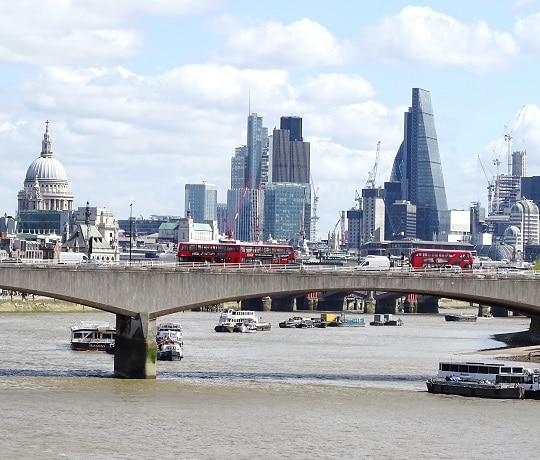 Soggiorni linguistici per professionisti | Corsi business a Londra