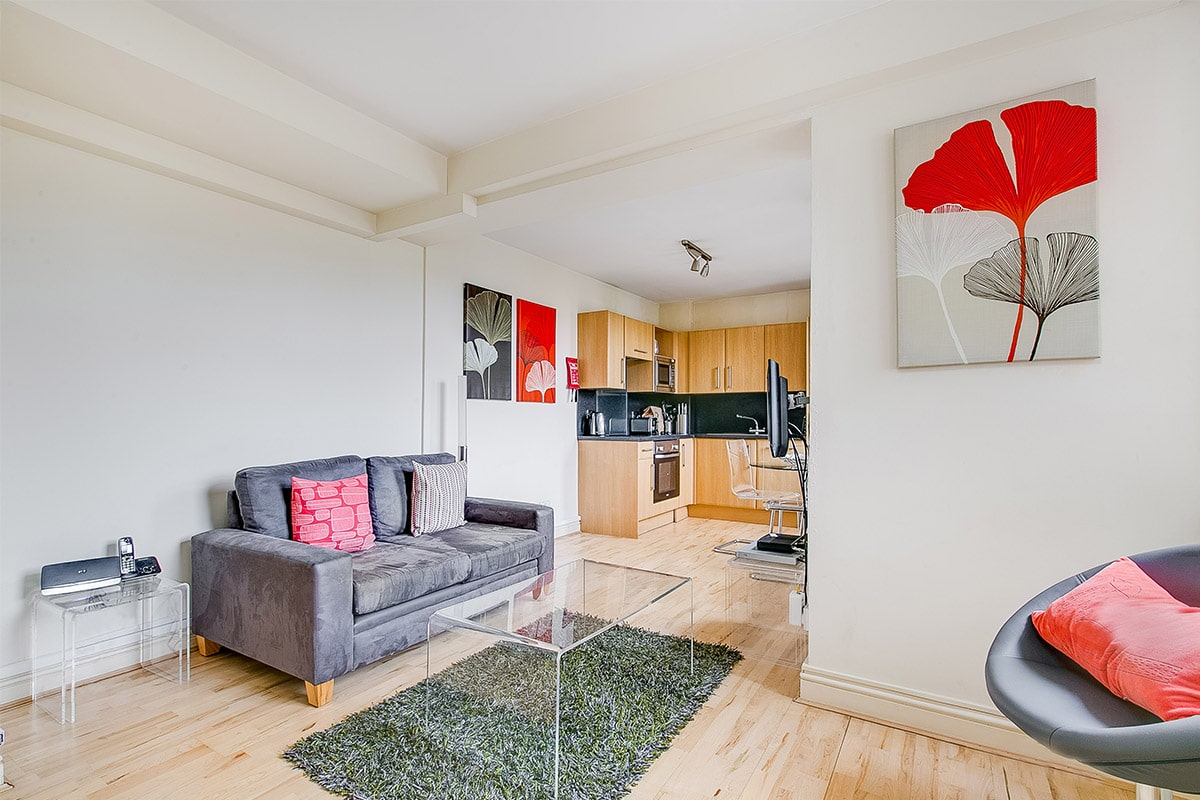 Lingua Holidays | superior apartment in central London