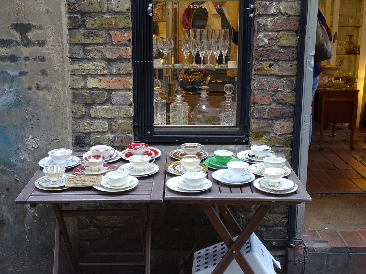 Browse the vintage collections in shops and on stalls in Camden Passage