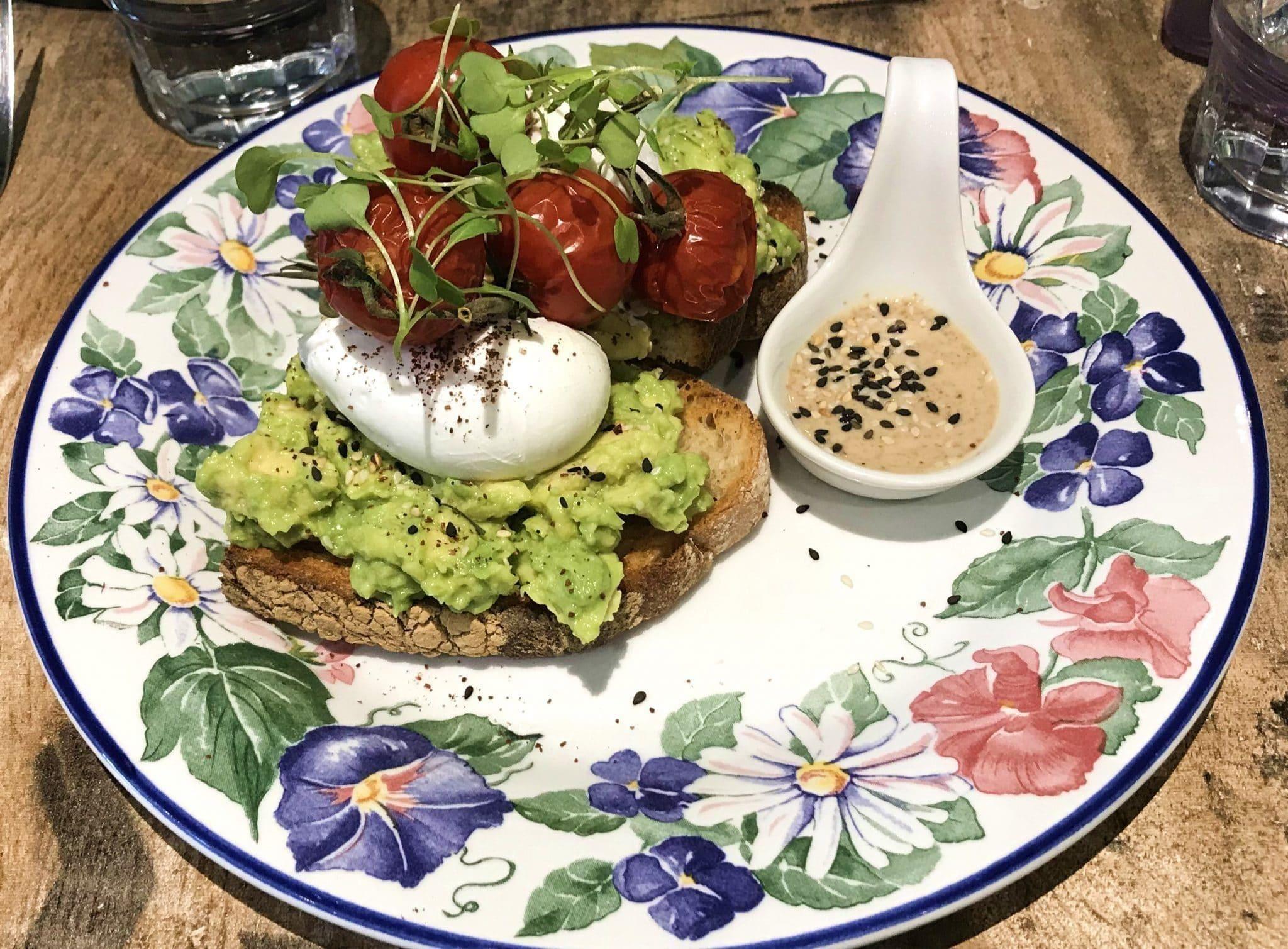 Enjoy a delicious brunch at Lowry & Baker near in Portobello Road